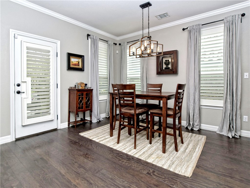 Sold Property | 12208 Terraza Circle Austin, TX 78726 6