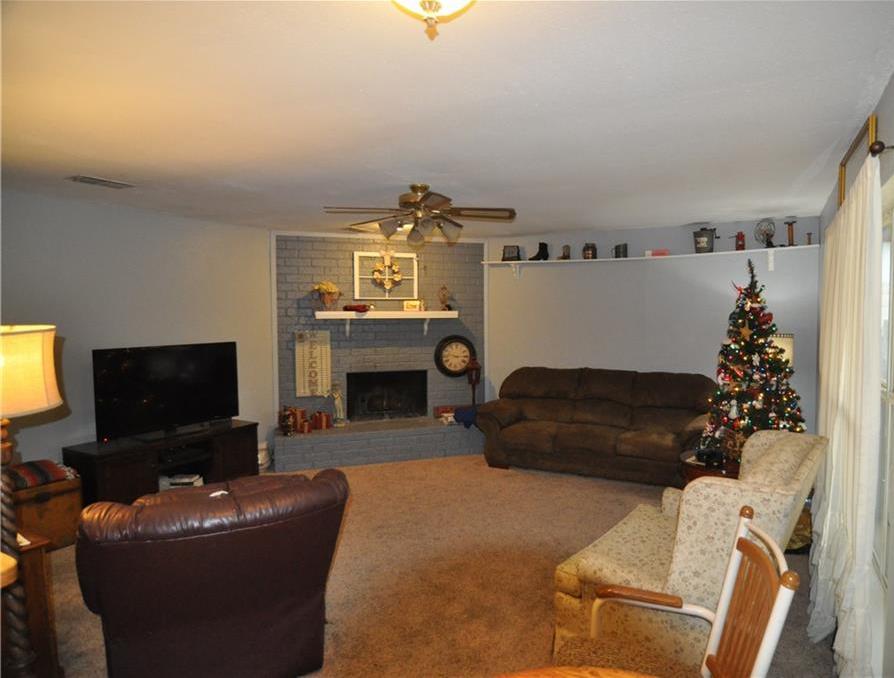 Sold Property   1108 E Georgian Road Saginaw, Texas 76179 3