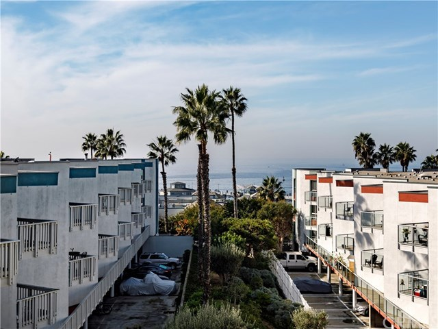Closed | 510 The Village   #201 Redondo Beach, CA 90277 1