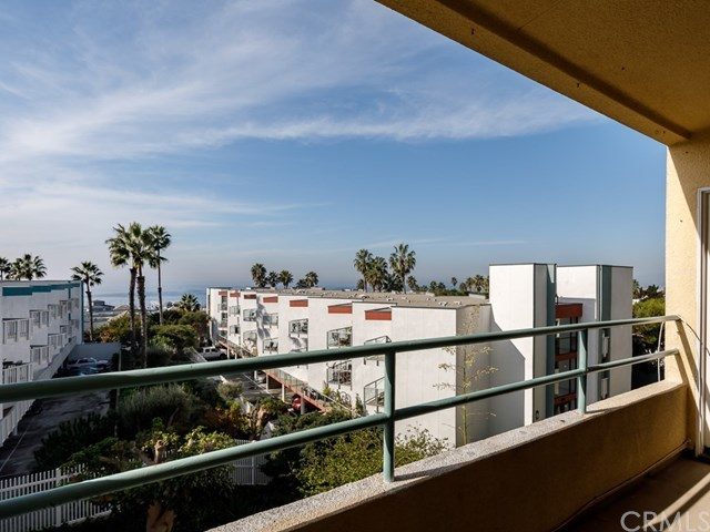 Closed | 510 The Village   #201 Redondo Beach, CA 90277 2