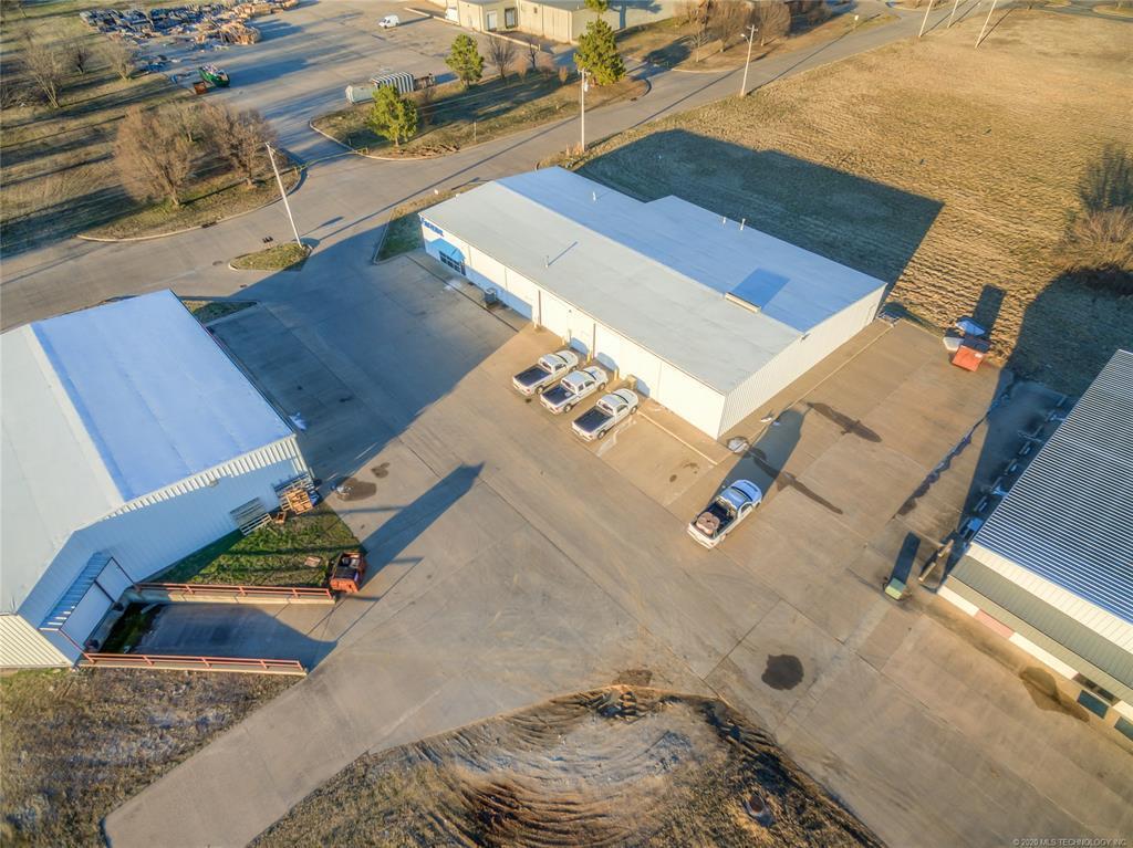 Off Market | 4001 N Tull Avenue Muskogee, Oklahoma 74401 2