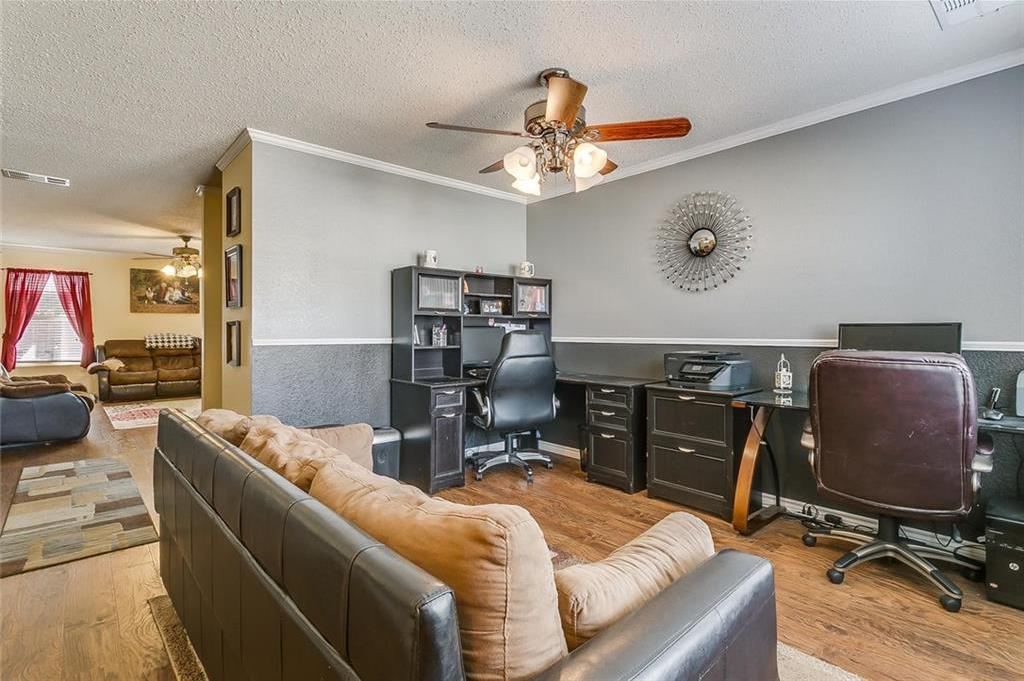 Sold Property | 557 Hertford Street Fort Worth, Texas 76036 7