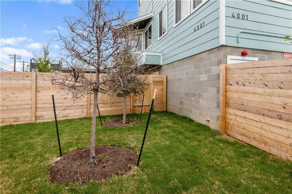 Sold Property   4001 Red River Street #2 Austin, TX 78751 21