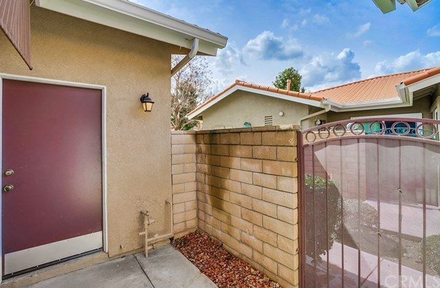 Closed | 1497 Upland Hills  Drive Upland, CA 91786 36