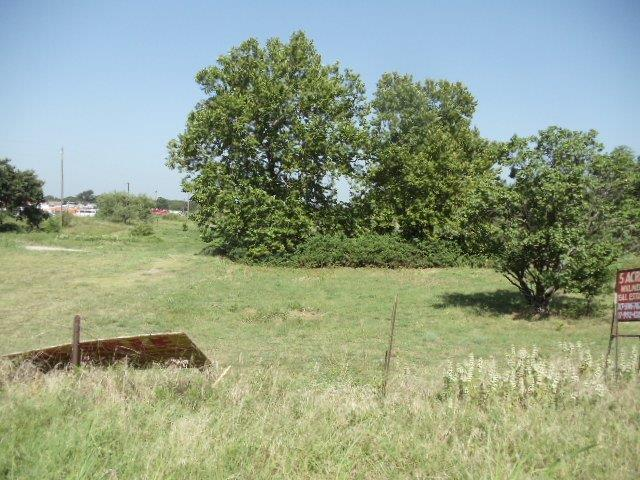 Sold Property   302 Dennis Road Weatherford, Texas 76087 2