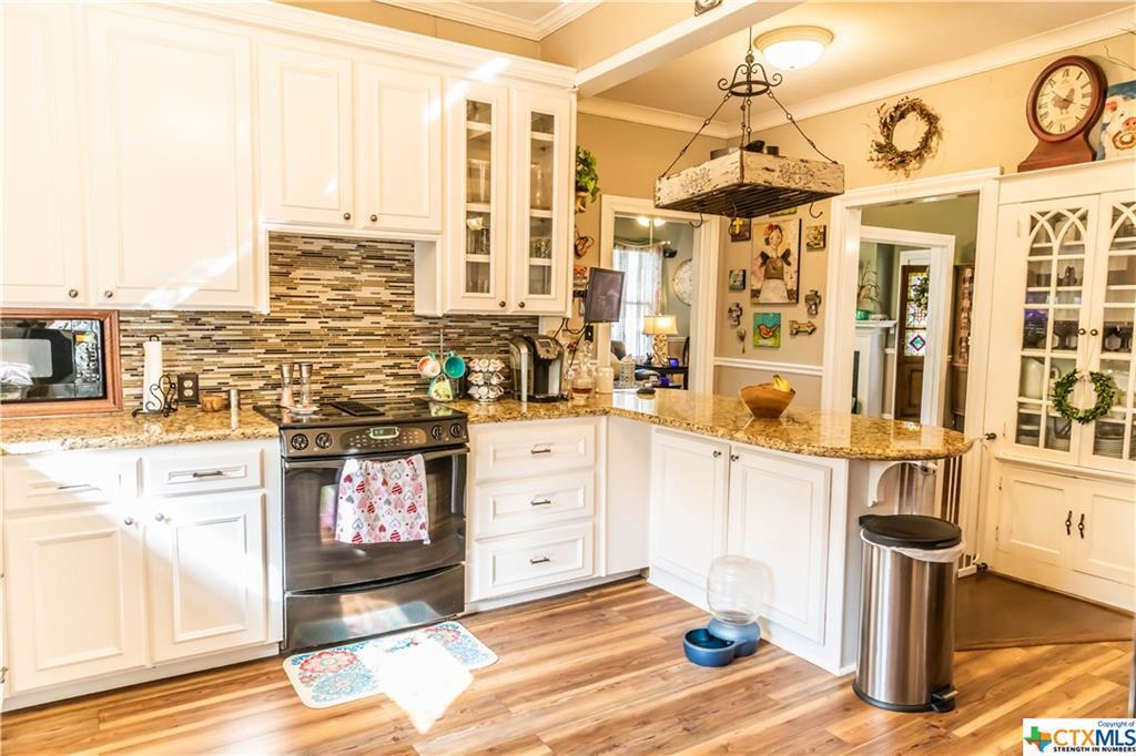 Sold Property | 205 E Prairie Street Cuero, TX 77954 13