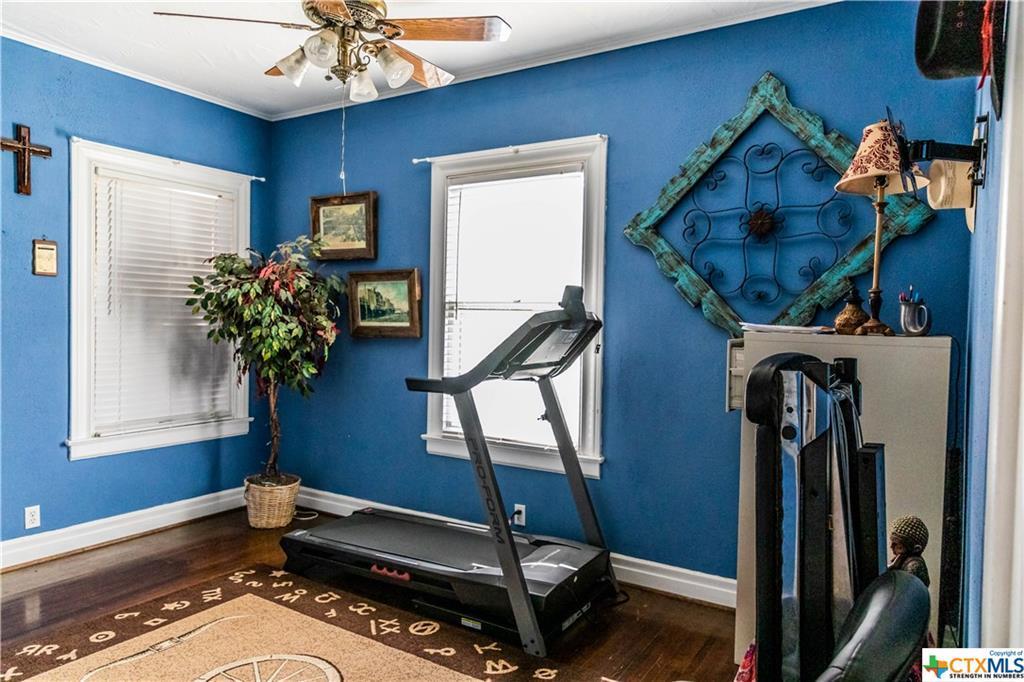 Sold Property | 205 E Prairie Street Cuero, TX 77954 18