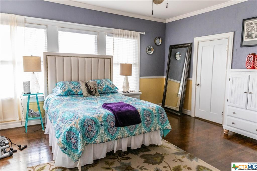 Sold Property | 205 E Prairie Street Cuero, TX 77954 20