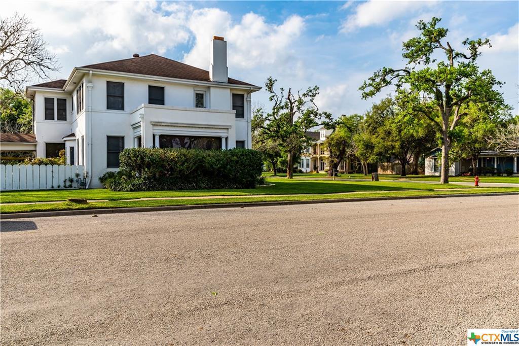 Sold Property | 205 E Prairie Street Cuero, TX 77954 6