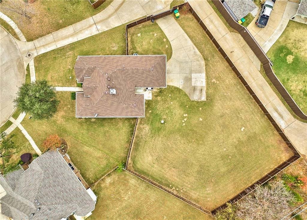 Sold Property | 1357 Utica Lane Lewisville, Texas 75077 3