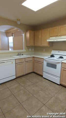 Property for Rent | 7703 Wexford Sq  San Antonio, TX 78240 5