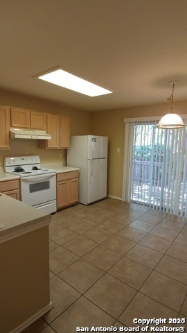 Property for Rent | 7703 Wexford Sq  San Antonio, TX 78240 6