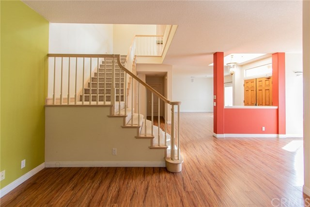 Active Under Contract | 2527 Woodbury Torrance, CA 90503 6