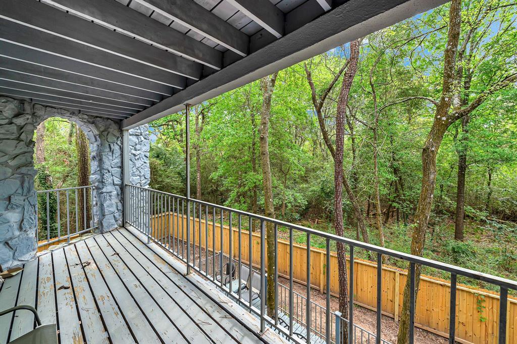 Active | 140 S Timber Top Drive Drive The Woodlands, TX 77380 12