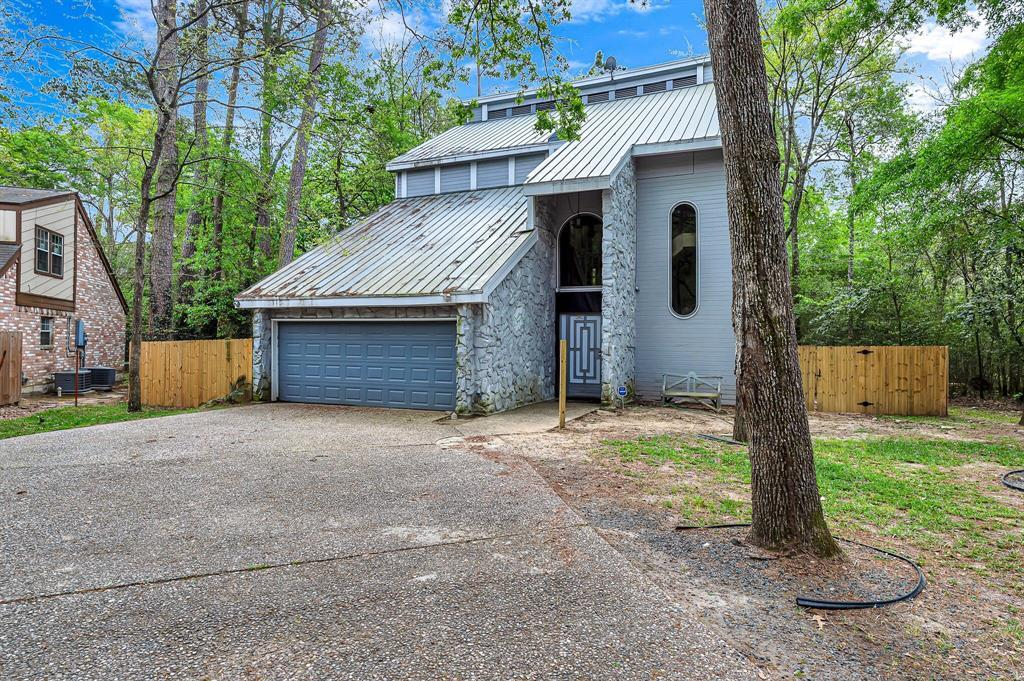 Active | 140 S Timber Top Drive Drive The Woodlands, TX 77380 3