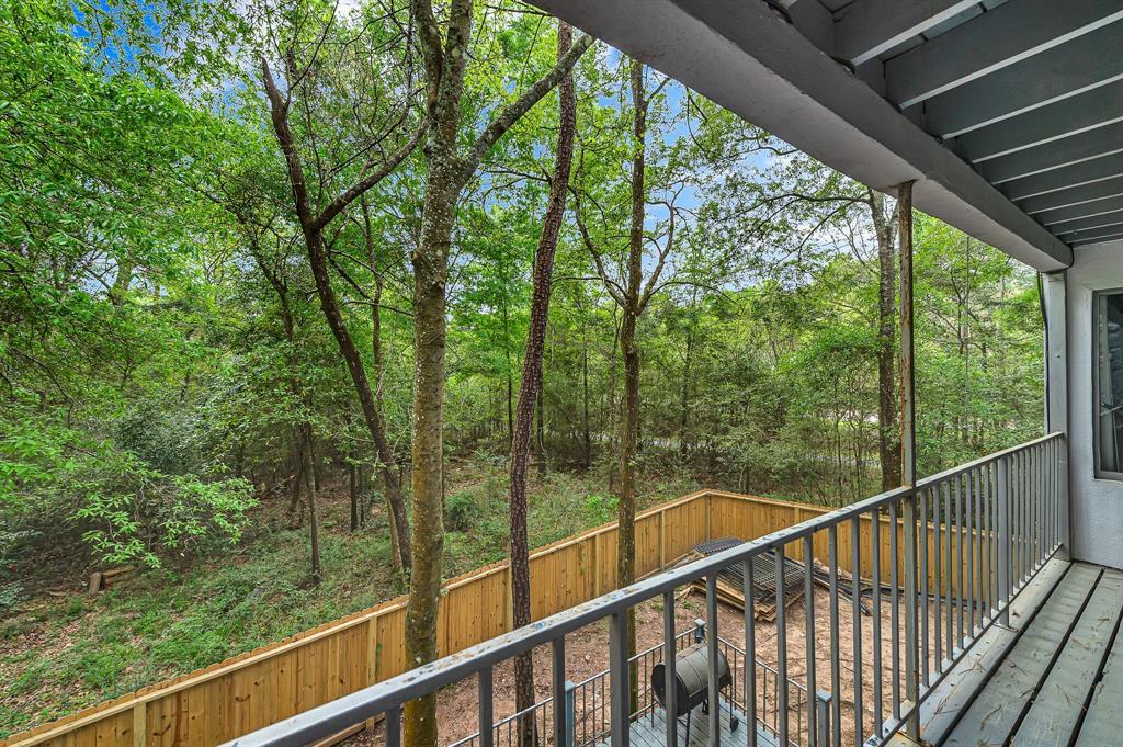 Active | 140 S Timber Top Drive Drive The Woodlands, TX 77380 31