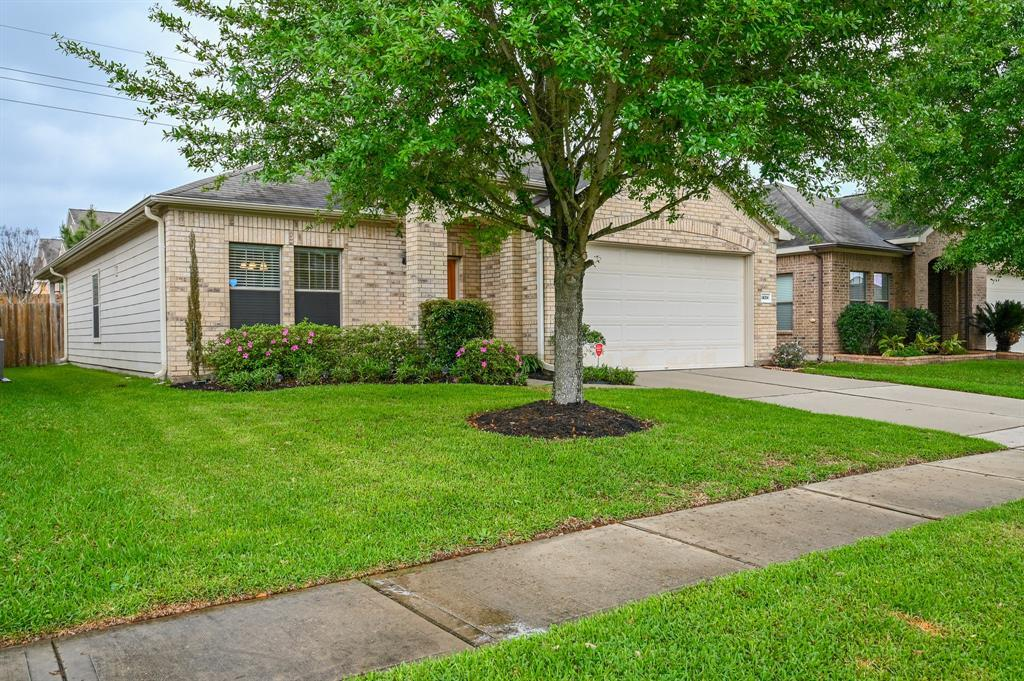 First Time Home Buyer, Katy, Texas Real Estate, Real Estate  | 24314 Courtland Oaks Street Katy, TX 77494 3