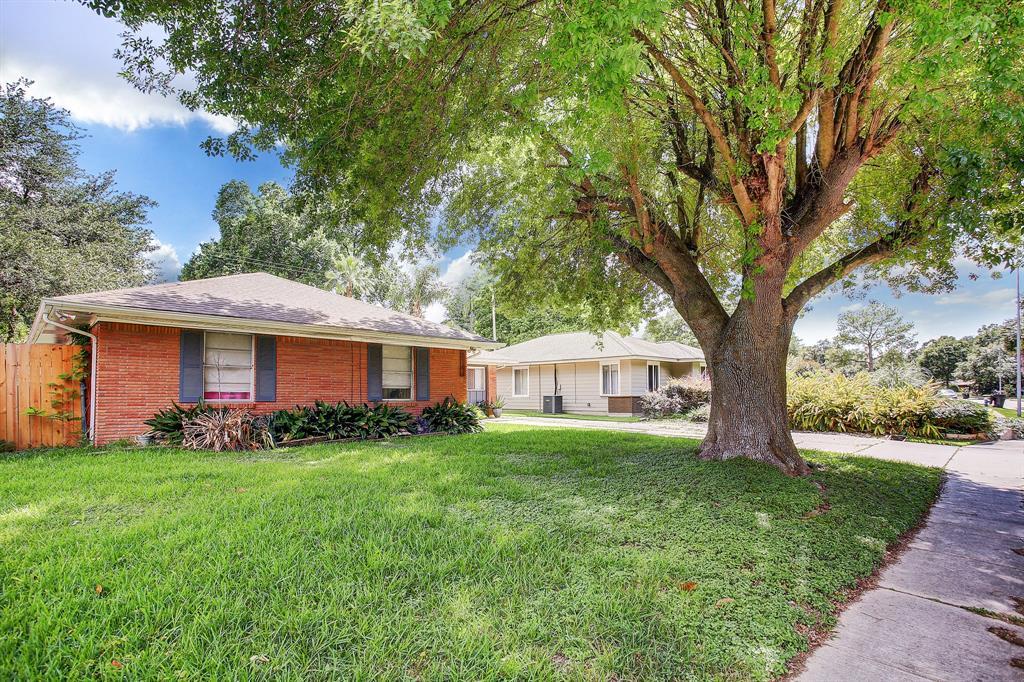Active | 4021 Woodfox  Street Houston, TX 77025 1