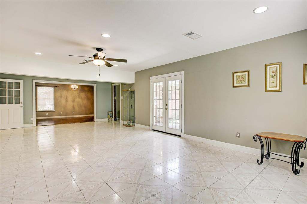 Active | 4021 Woodfox  Street Houston, TX 77025 5