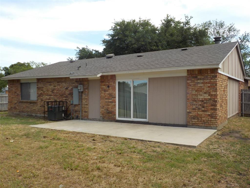 Active | 3237 Chalmette Court Forest Hill, TX 76140 4