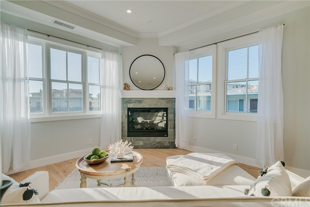 Active | 111 Vista Del Mar  #D Redondo Beach, CA 90277 9