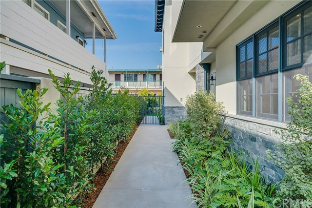 Active | 111 Vista Del Mar  #D Redondo Beach, CA 90277 24