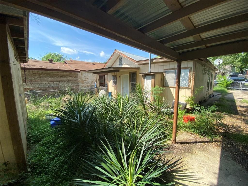 Pending | 2303 Santa Maria  Street Austin, TX 78702 2