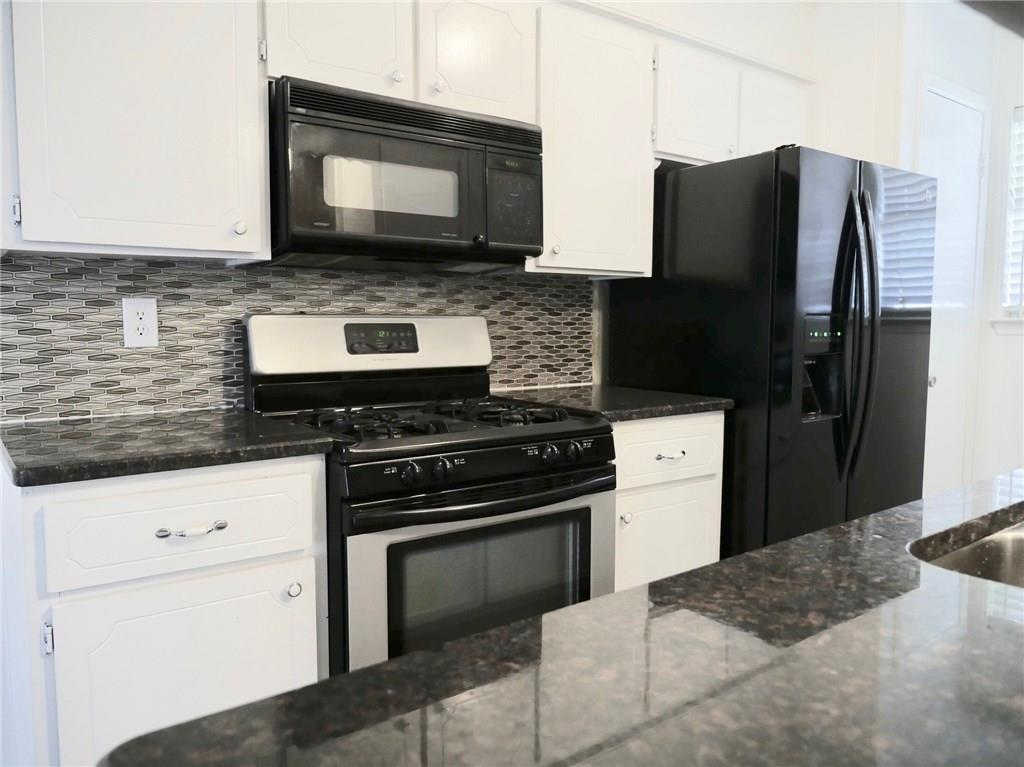 Sold Property | 902 Plum Street Sanger, Texas 76266 3
