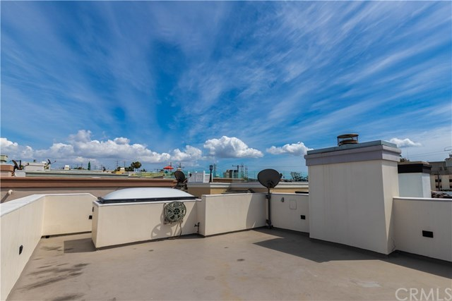 Active Under Contract | 118 1st  Court Hermosa Beach, CA 90254 35