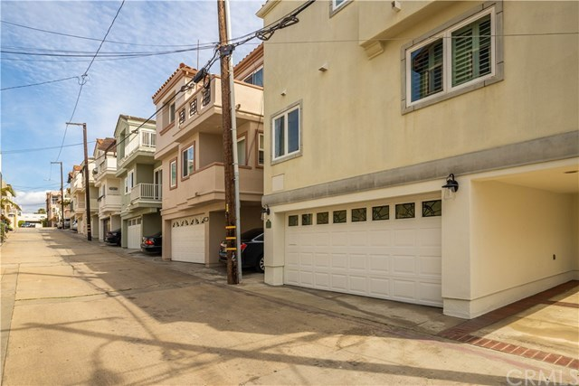 Closed | 118 1st  Court Hermosa Beach, CA 90254 37