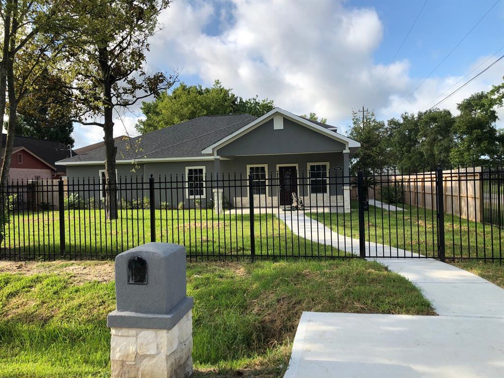 Active | 4506 Earline  Street Houston, TX 77016 0