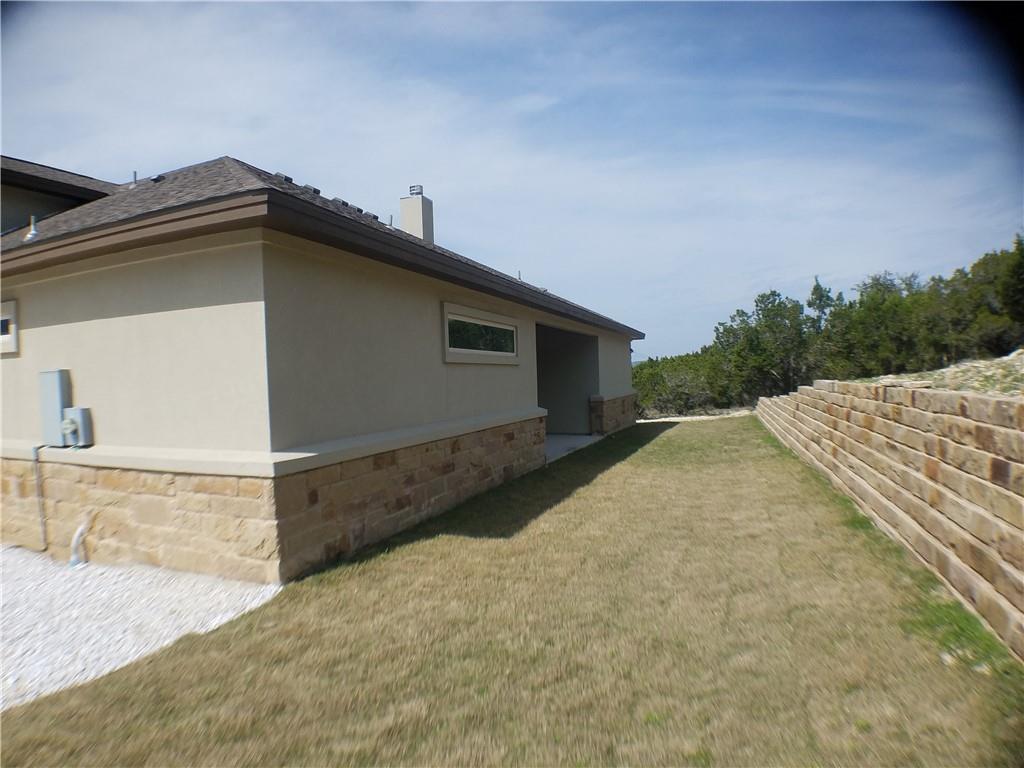 Active | 21208 Oak Dale  Drive Lago Vista, TX 78645 38