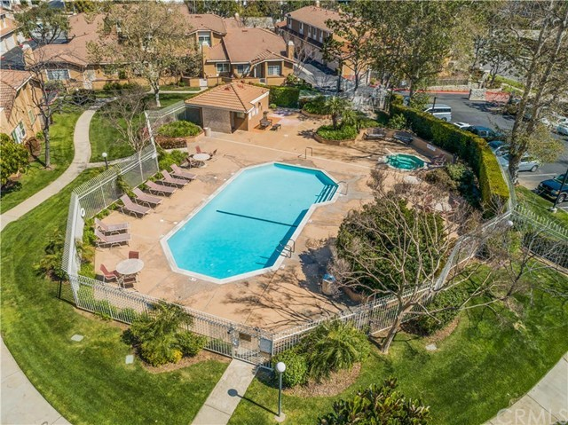 Closed | 10060 Baseline Road Rancho Cucamonga, CA 91701 16