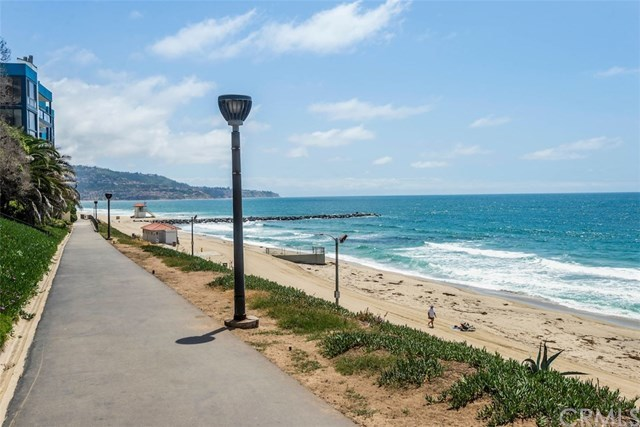 Closed | 565 Esplanade   #216 Redondo Beach, CA 90277 6