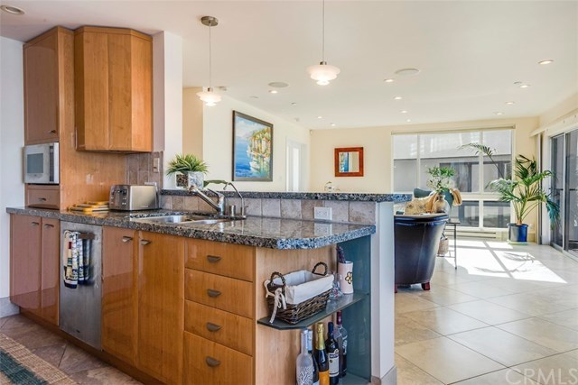 Closed | 565 Esplanade   #216 Redondo Beach, CA 90277 16