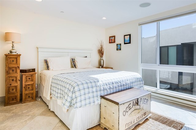 Closed | 565 Esplanade   #216 Redondo Beach, CA 90277 18
