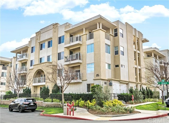 Closed | 5450 Strand   #302 Hawthorne, CA 90250 1