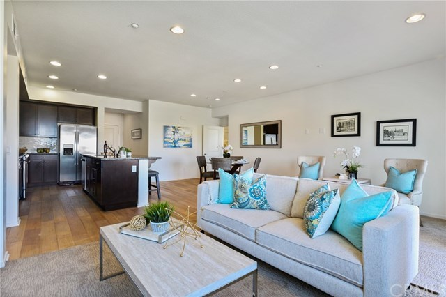 Closed | 5450 Strand #302 Hawthorne, CA 90250 3