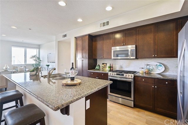 Closed | 5450 Strand   #302 Hawthorne, CA 90250 12