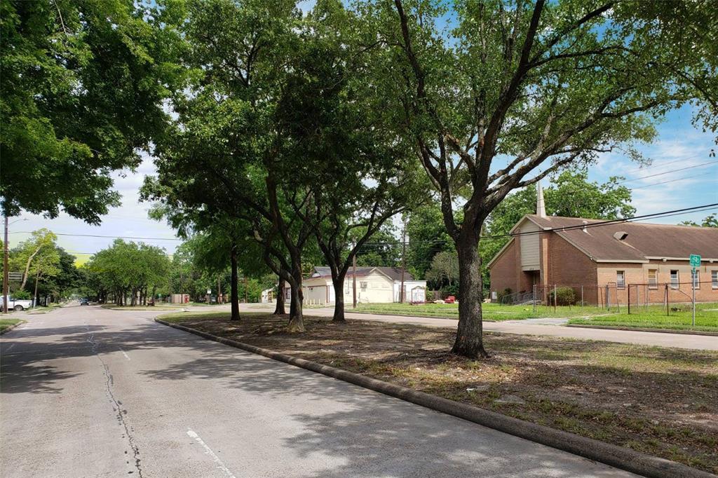 Active | 4705 S Cavalcade  Street Houston, TX 77026 21