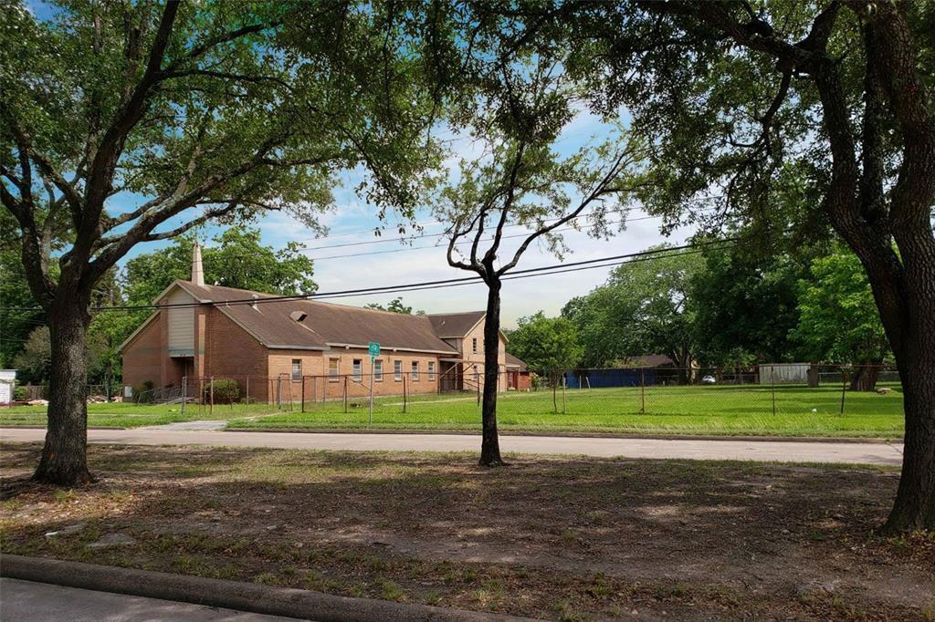 Active | 4705 S Cavalcade  Street Houston, TX 77026 22