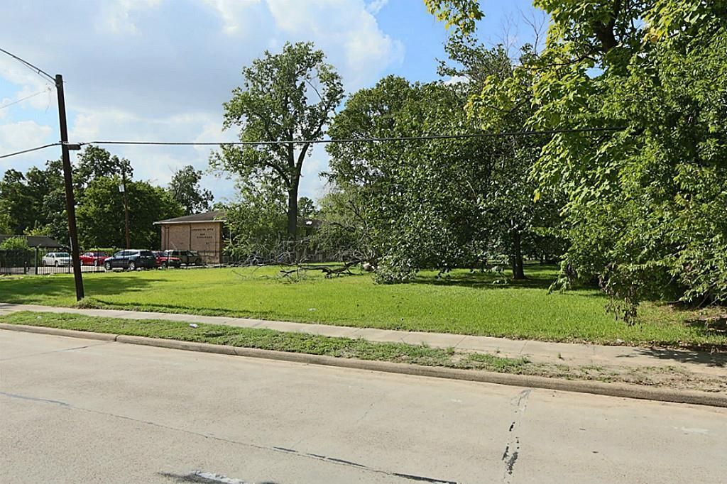 Active | 4705 S Cavalcade  Street Houston, TX 77026 3
