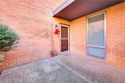 Sold Property | 576 E Avenue J  #B Grand Prairie, Texas 75050 2