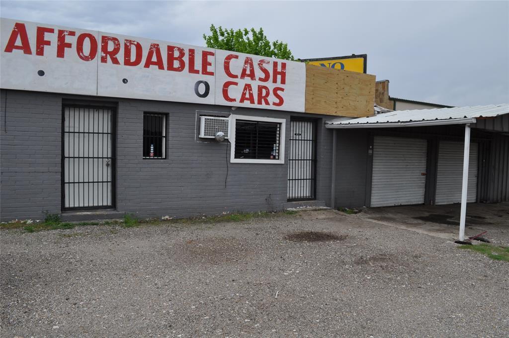 Sold Property   2401 N Highway 175 0