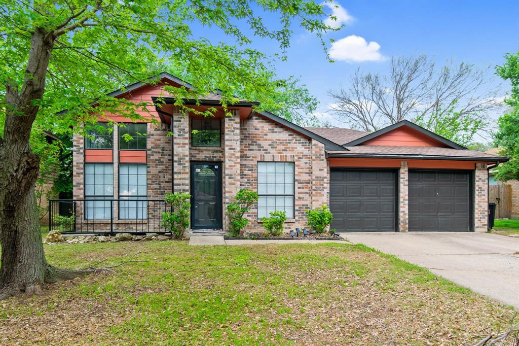 Leased | 6304 Fairlane Drive Arlington, Texas 76001 2