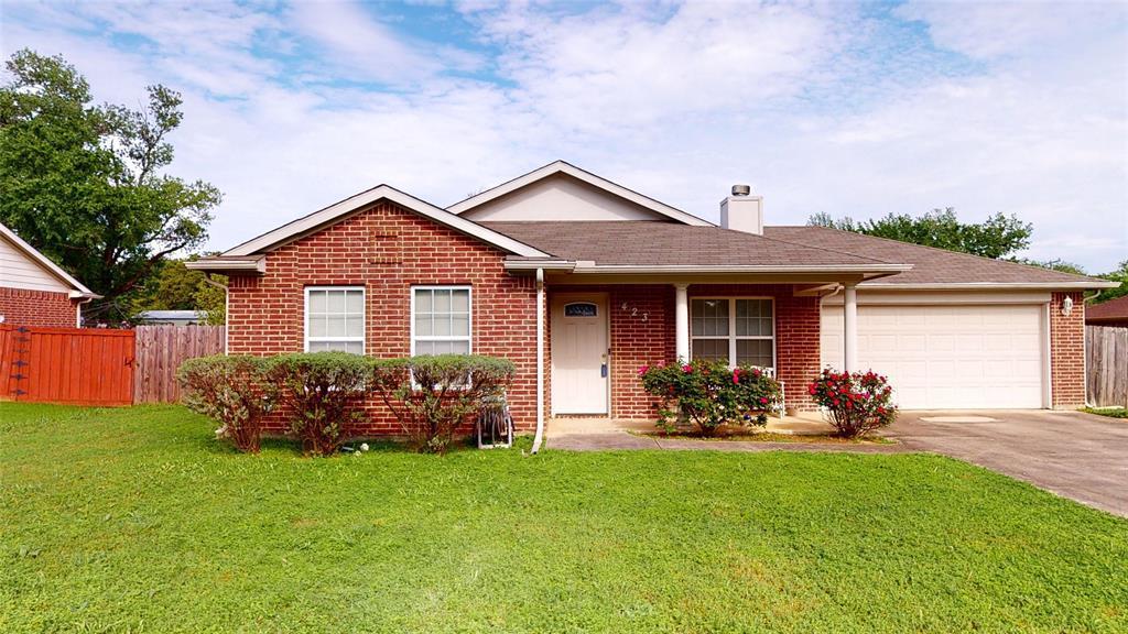 Sold Property | 423 Jordan Lane Arlington, TX 76012 2