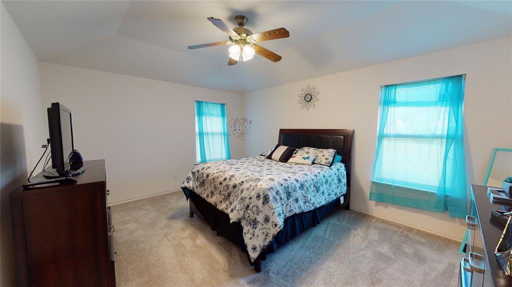 Sold Property | 423 Jordan Lane Arlington, TX 76012 18