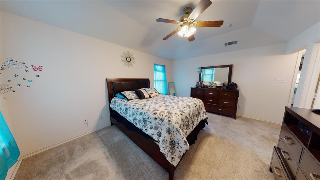 Sold Property | 423 Jordan Lane Arlington, TX 76012 19