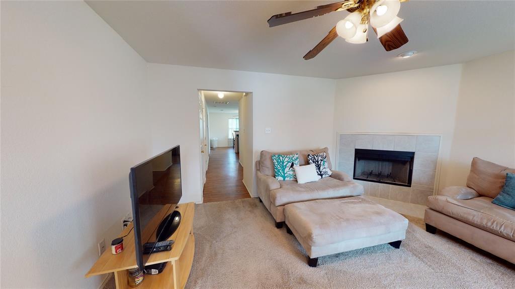 Sold Property | 423 Jordan Lane Arlington, TX 76012 3