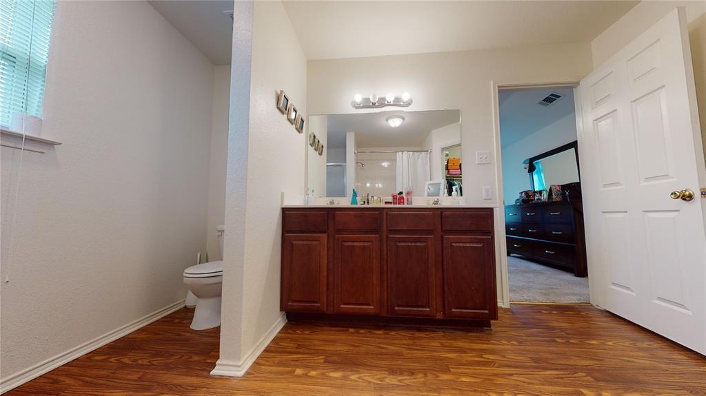 Sold Property | 423 Jordan Lane Arlington, TX 76012 24